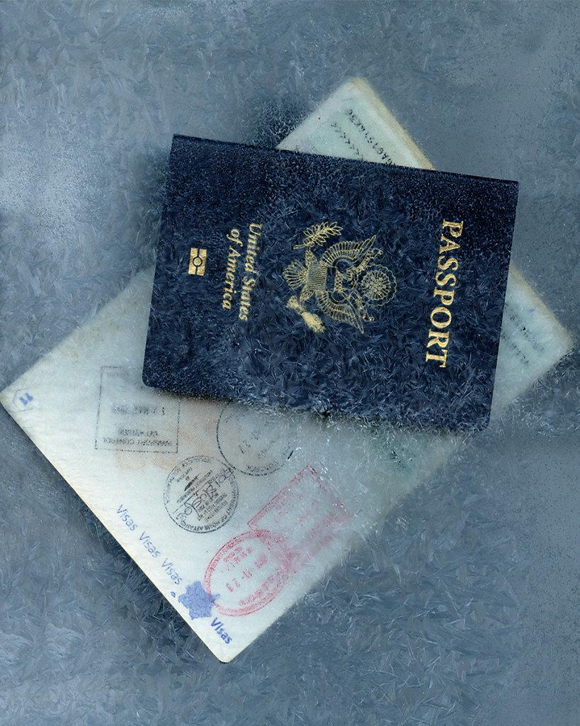 COVID-19C-MONGIN-SASHA-Passeports.jpg